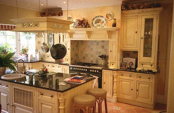 Diseños de cocinas pequeñas de madera de pino tips para decorar ...