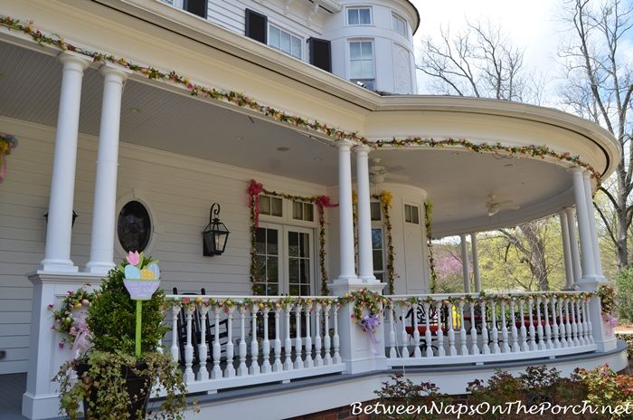 Decorate Outdoors For Easter Porch, Easter and Decorating