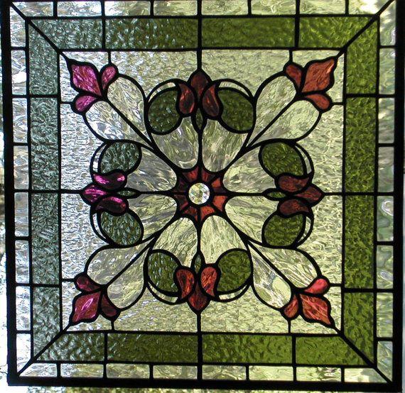 Tulip Panel Stained Glass por LightTreeStudio en Etsy, $346.00 ...