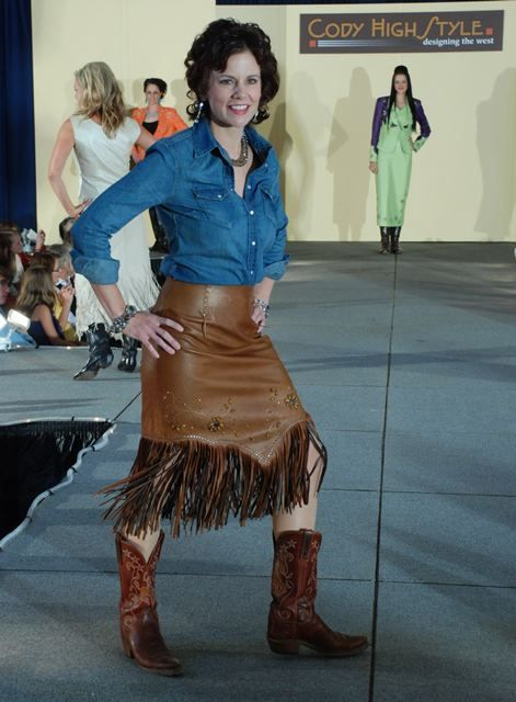 Jan Faulkner Del Rio skirt, photo by Dewey Vamderhoff