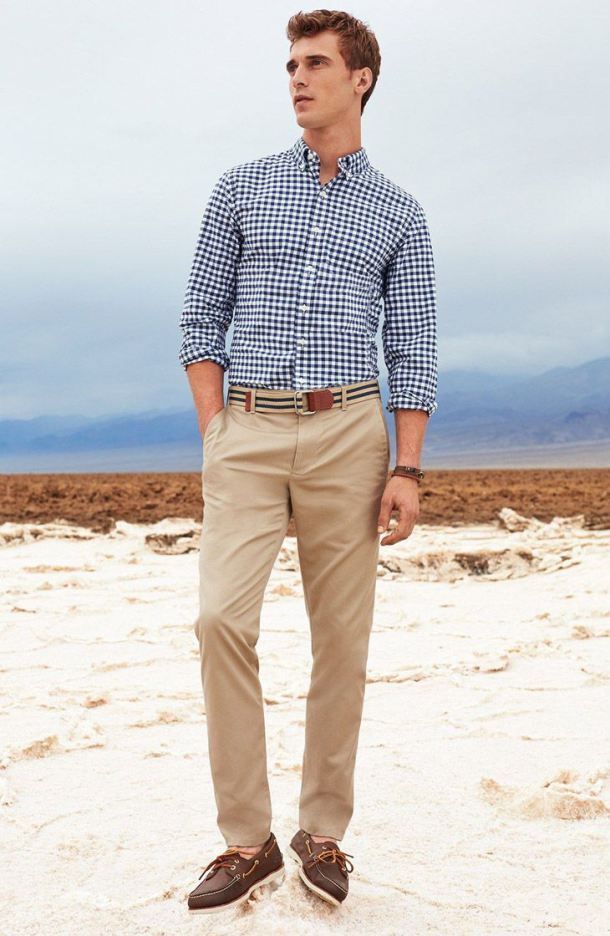 Navy and white long sleeve shirt khaki chinos dark brown for Beige pants what color shirt