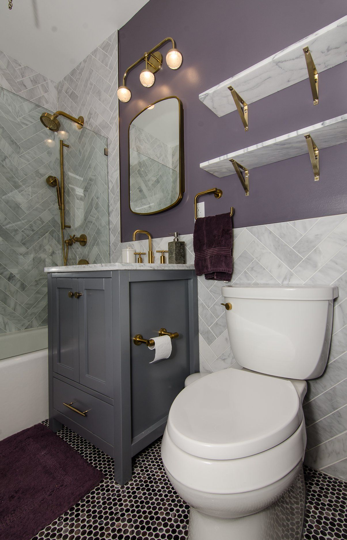 The Tile And Pattern Of This Sustainable Bathroom Remodel Was The Result Of A Collaboration Betwee Plum Bathroom Home Interior Design Interior Design Styles