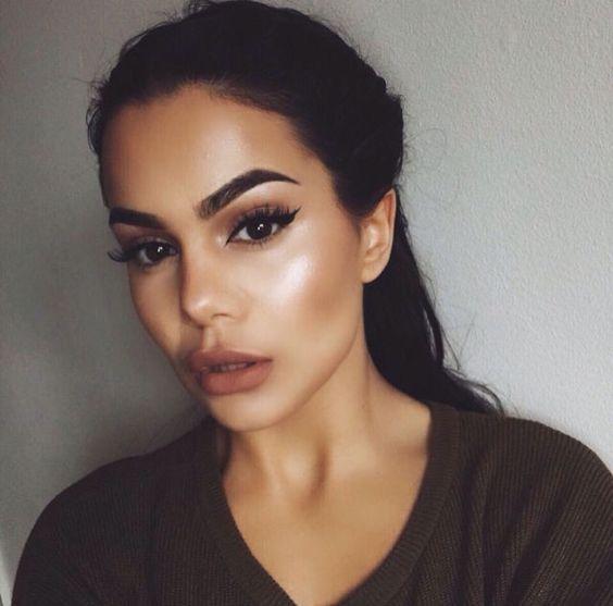 The 2016 Eyebrow Trend Smokey Bushy Brushed Con Imágenes Cabello Y Maquillaje Maquillaje Mujer Maquillaje Cara