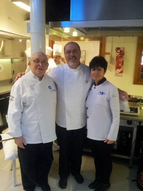 con Maestro F. Izarduy esposa  Rosa, en Mausi Sebess - Vicente Lopez/Argentina