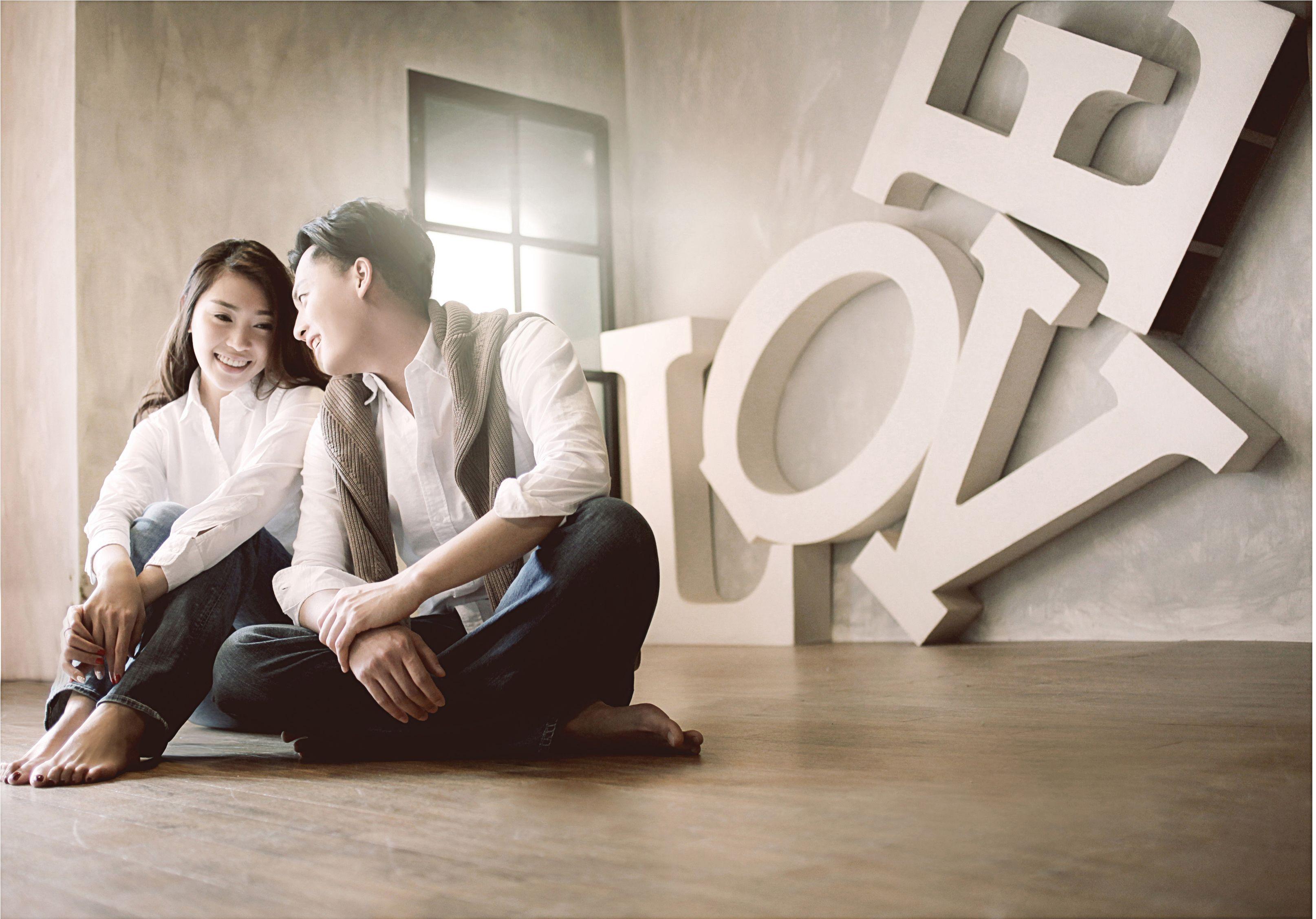 Chris Ling - Pre-Wedding Shoot - Studio Moments. #chrisling #prewedding #preweddingshoot #studio #moments #photography