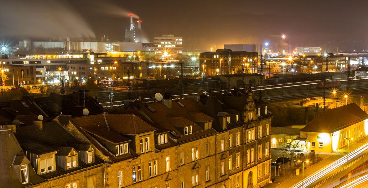Aschaffenburg bei Nacht - Lichtermeer von cfaobamr lizensiert durch CC BY 2.0