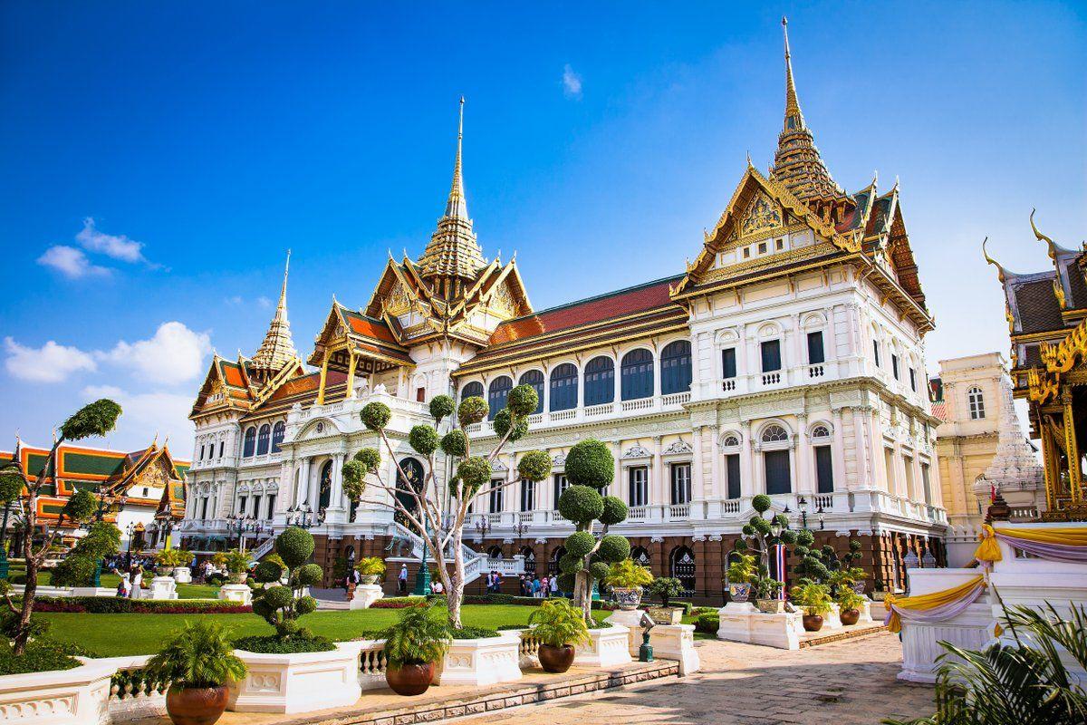 Uniglobe Lexus Uniglobelexus1 Twitter Cool Places To Visit Places To Visit Grand Palace Bangkok