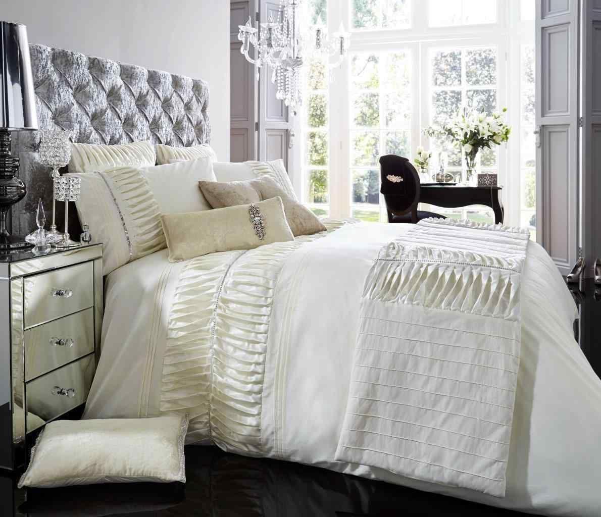 Signature Alina Cream Duvet Quilt Cover Set — Linens Range