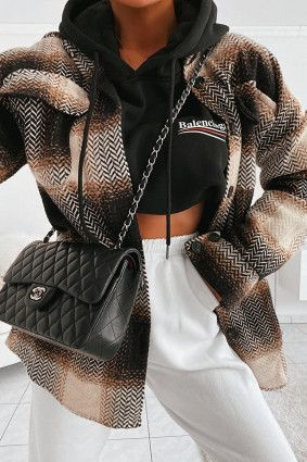 Doudoune tricolore en velours noir in 2020 | Fashion outfits