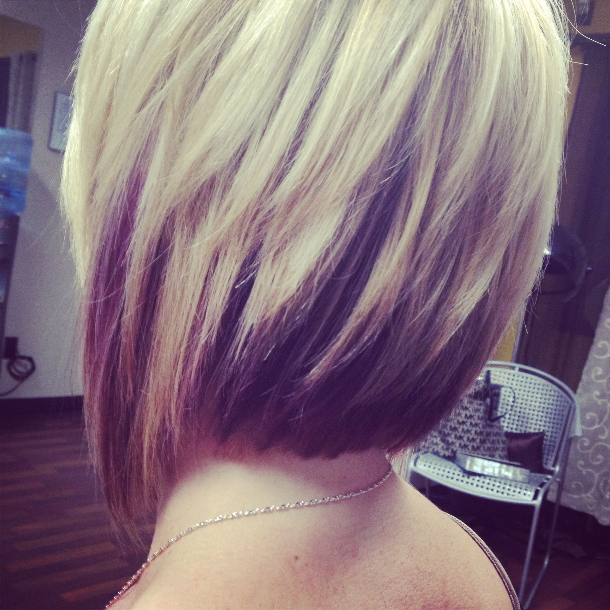 love the hair color.. brown on the bottom and blonde on the top