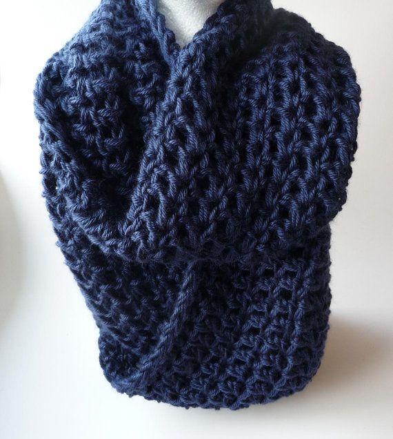 Knit Infinity Scarf Chunky Scarf Loop Scarf Crochet par zxcvvcxz, $29.95