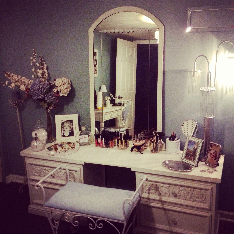 Painted Furniture, Refinish, Redo, DIY, AFTER Makeup