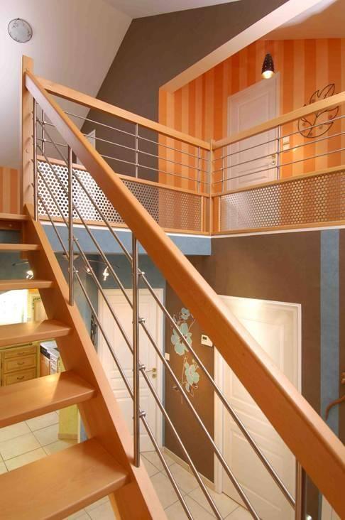 Escalissime nos escaliers escaliers bois contemporains escalier bois rampe treillis for Escalier interieur contemporain