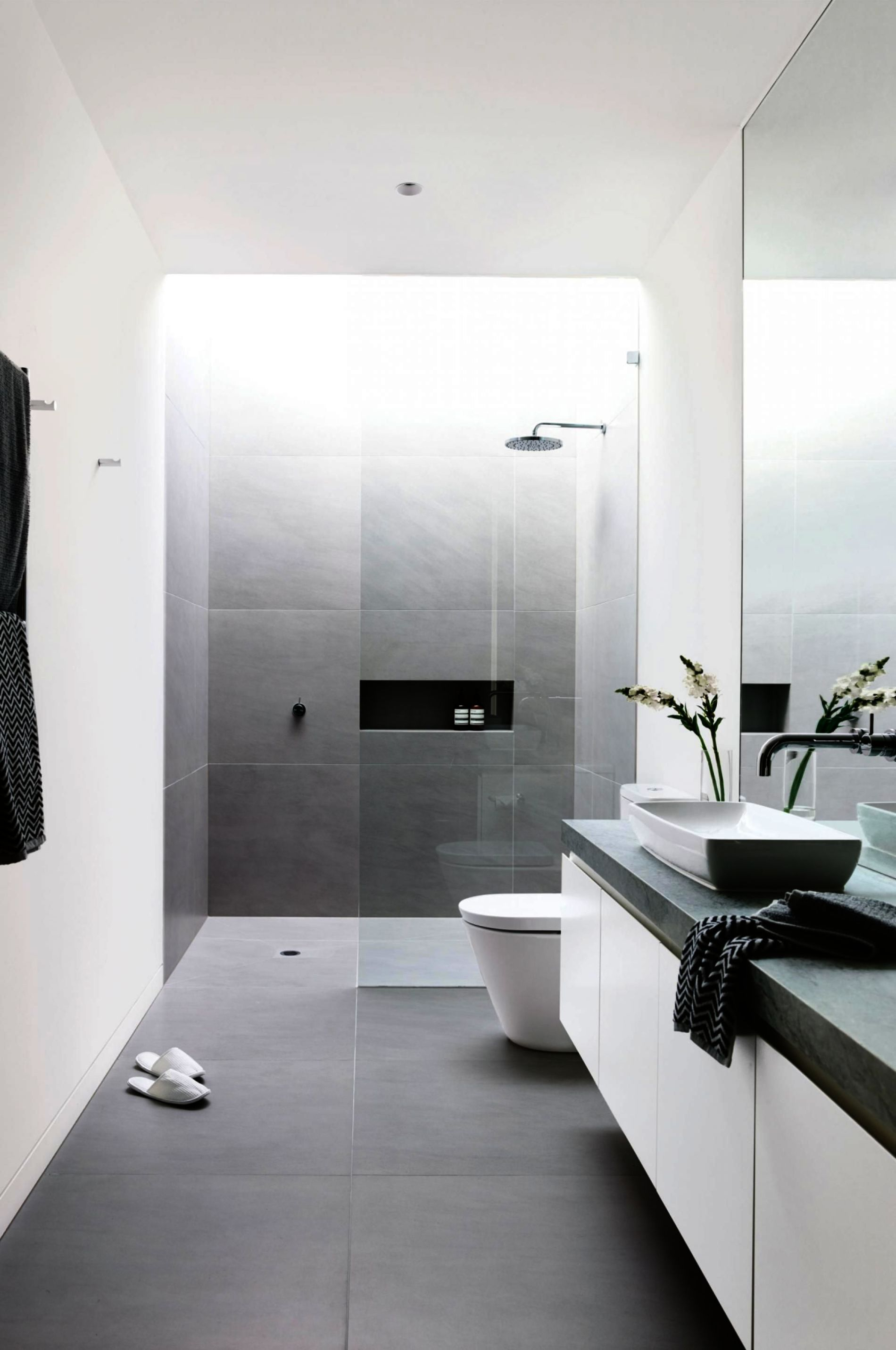 Modern Bathrooms For Apartments Contemporary European Bathrooms Minimalist Bathroom Minimalist Bathroom Design Modern Bathroom