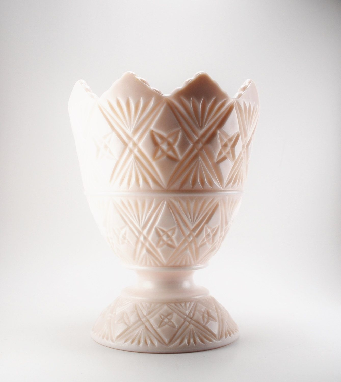 Vintage pink milk glass vase napco cleveland ohio 1960s by vintage pink milk glass vase napco cleveland ohio 1960s by bichenvintage on etsy reviewsmspy