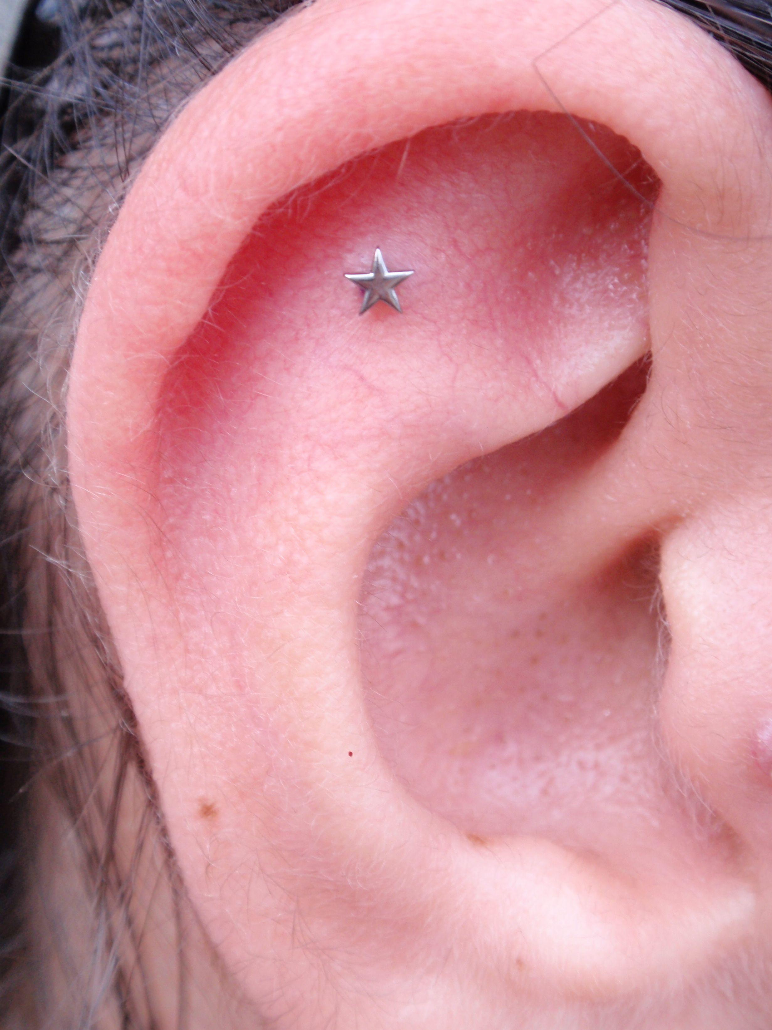 Ear piercing ideas simple  Cute and simple cartilage piercing  Piercings  Pinterest