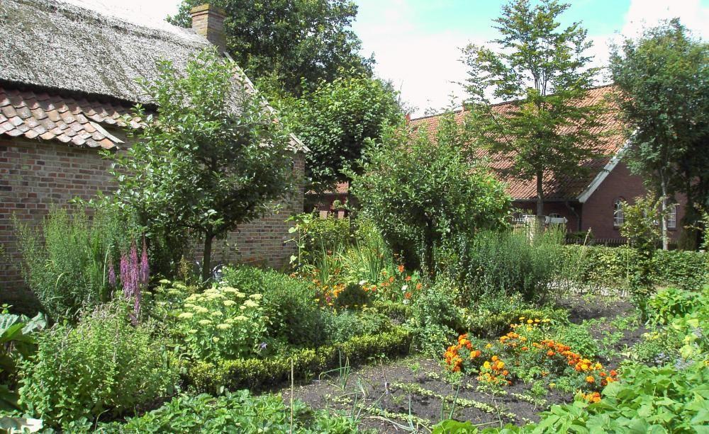 Ein gut geplanter Nutzgarten bringt nicht nur reichlich Ertrag, er ist zudem auch ein richtiger Hingucker