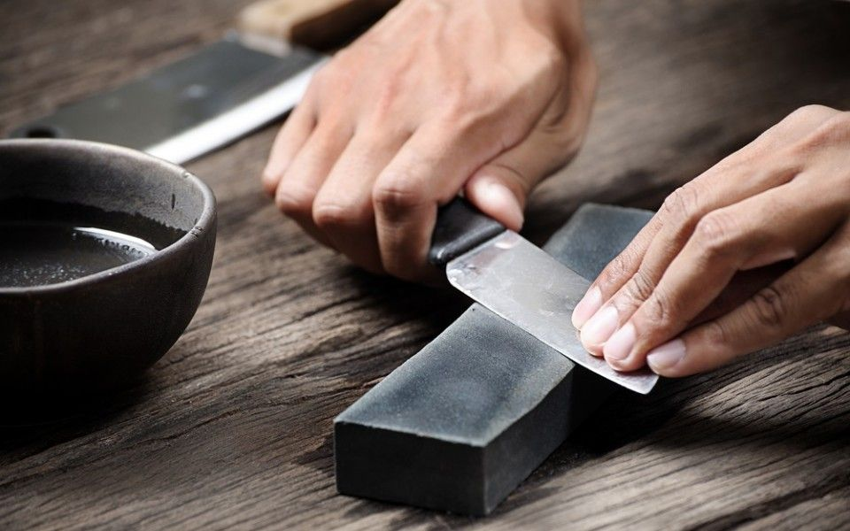 How to sharpen a knife with a water stone video knife