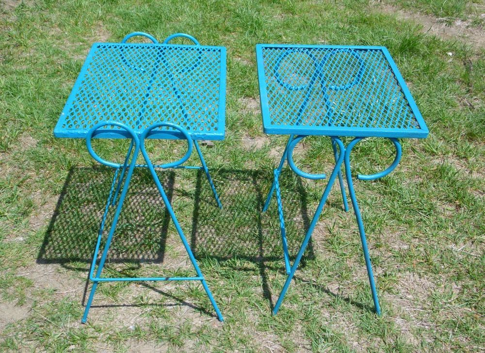 Vintage Set Wrought Iron Mesh Metal Nesting Tables Outdoor Patio Stand  Salterini