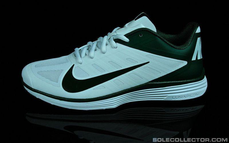 best sneakers 1dd9e 72925 Youth Big Boys Nike Lunar Vapor Trainer NFL White Dark OLive Green Boys Nike,  Nike