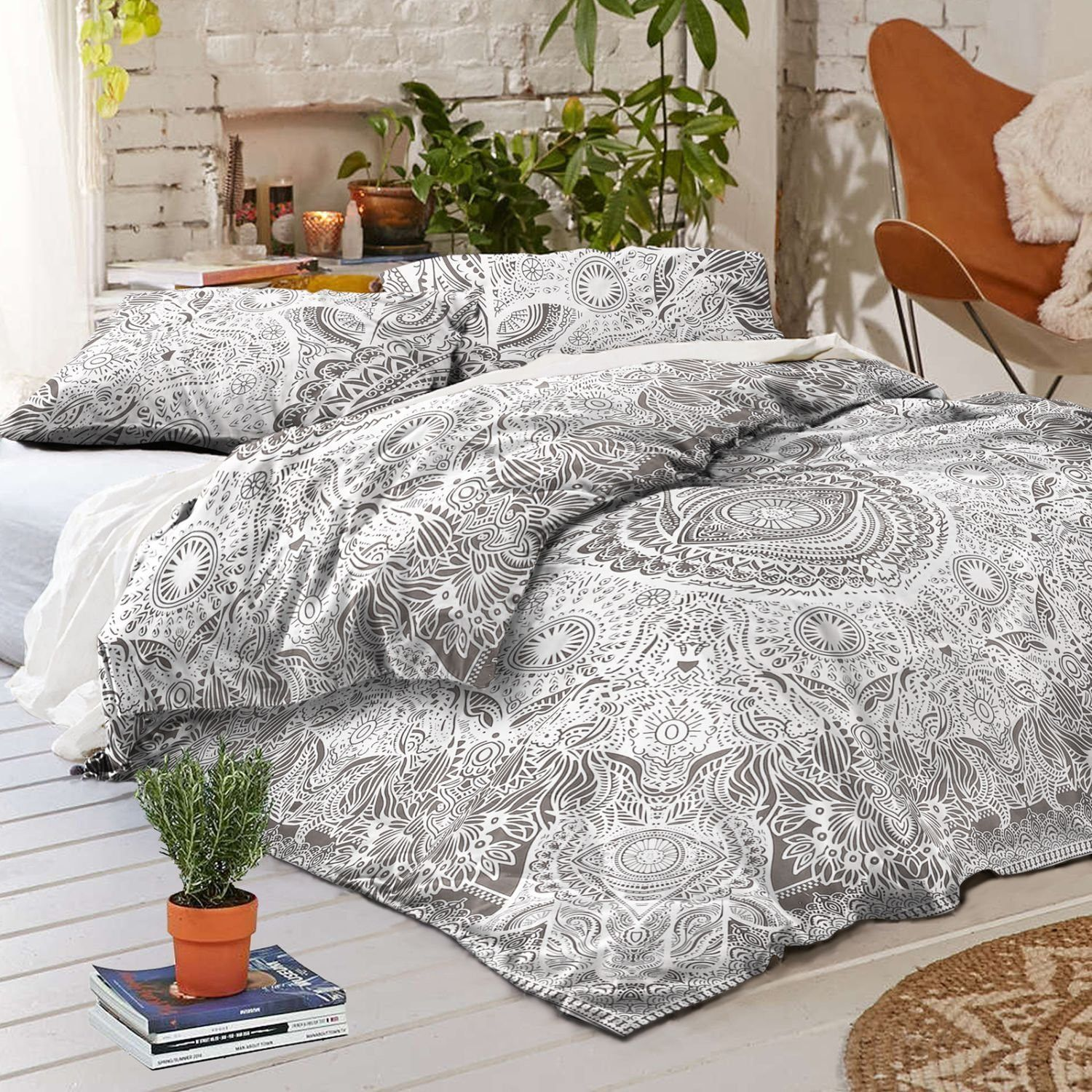 Indian Elephant black-white color  Duvet Doona Cover Comforter Mandala Bohemian Queen Size Quilt Cover Hippie with two pillow cases set