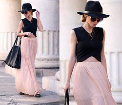 Sheinside Crop Top, Pull & Bear Maxi Skirt, Zara Flats, Bershka Bag, H&M Hat