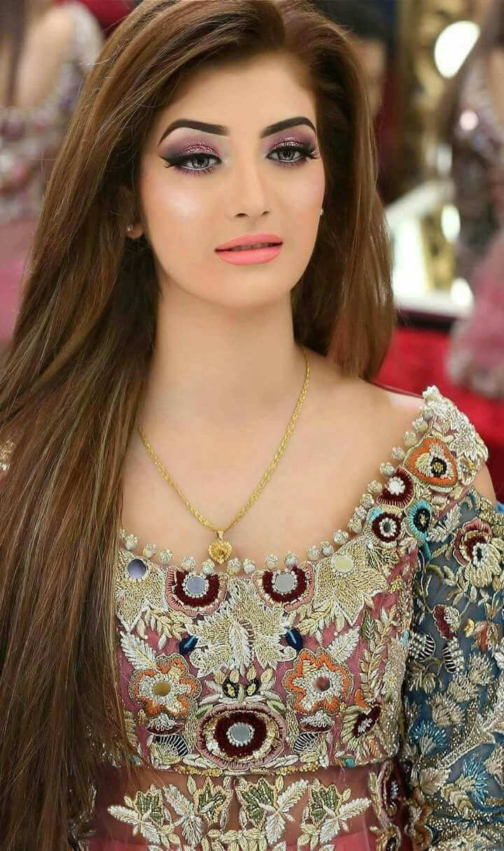 Nys Makeover With Images Pakistani Bridal Hairstyles