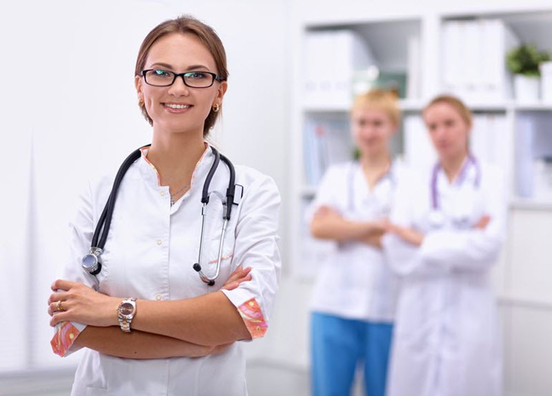 Get noticed with these 5 Healthcare resume tips that will draw