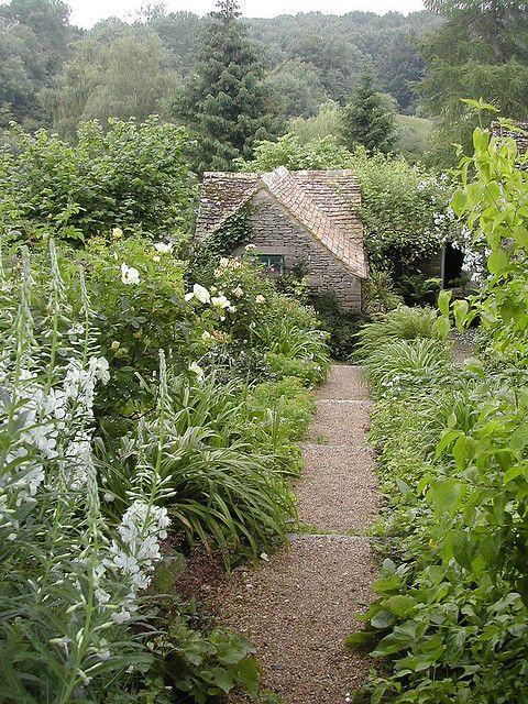 Pathway garden paths garten garten ideen mediterraner garten - Mediterraner steingarten ...