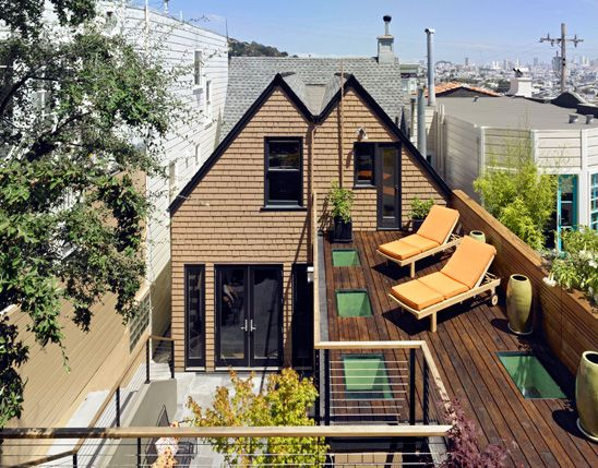 Small Victorian Home With Cool Courtyard And Roof Deck Castro