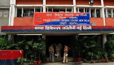 দুই লস্কর জঙ্গির বিরুদ্ধে আদালতে চার্জশিট - http://kolkata24x7.com/%e0%a6%8f%e0%a6%87-%e0%a6%a6%e0%a7%87%e0%a6%b6/charges-court-lashkar-militants.html http://kolkata24x7.com/wp-content/uploads/2014/05/delhi-police-station.jpg
