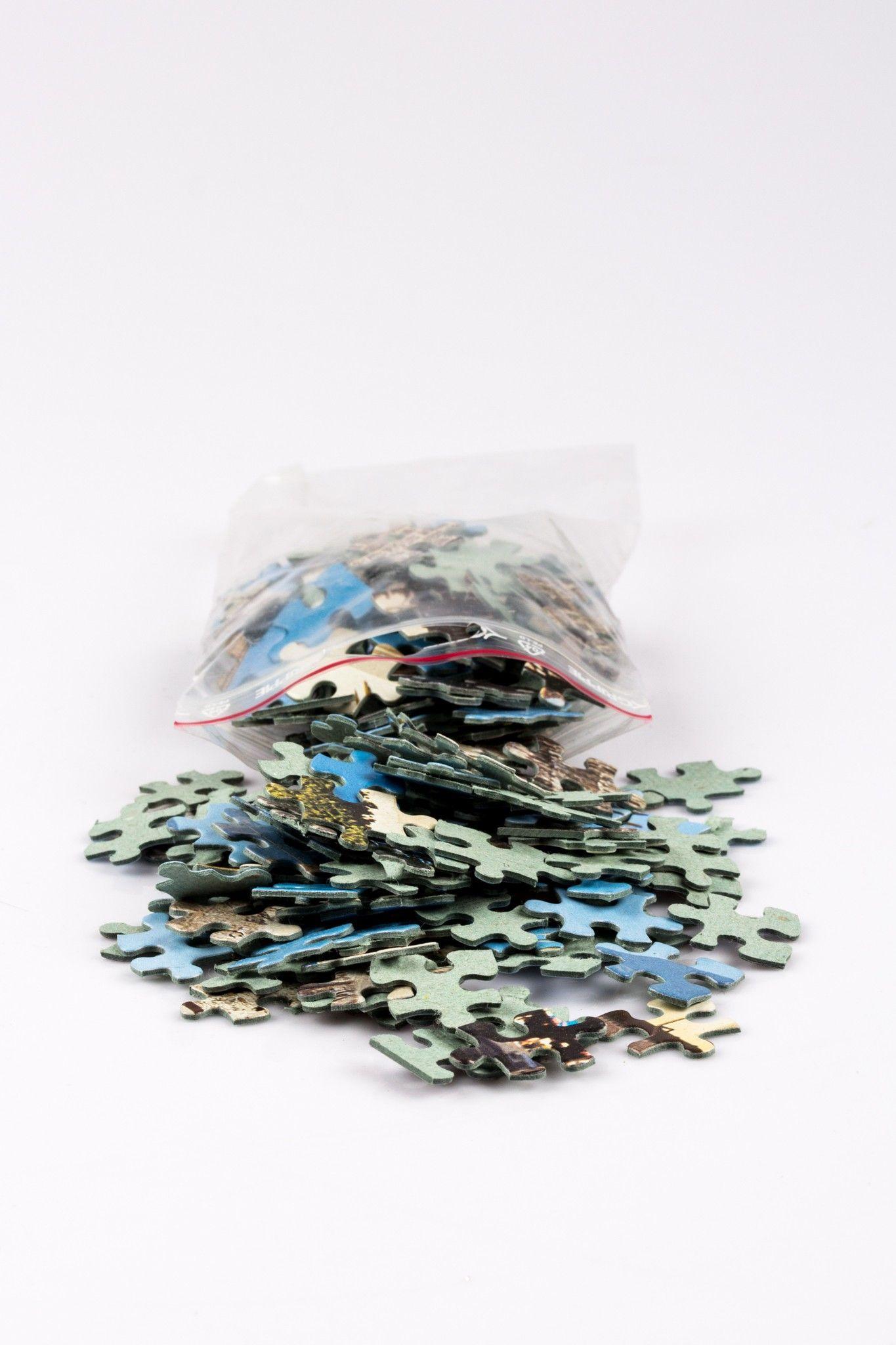 Pieni pussillinen (65 g) palapelipaloja askarteluun 50st/pss