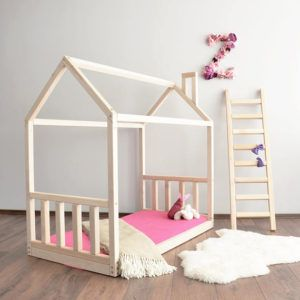 How to Encourage Independence with a Montessori Bedroom