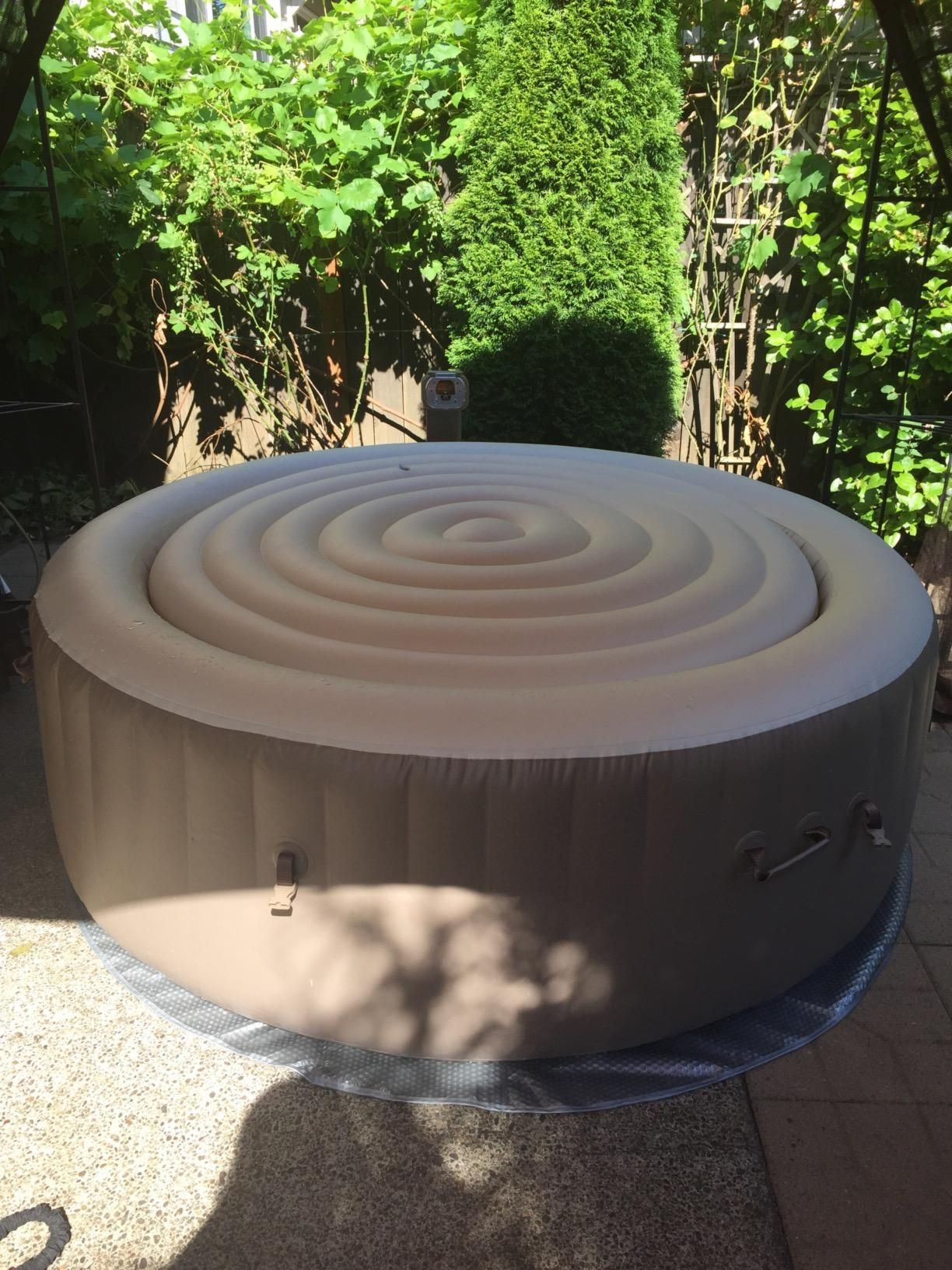 10 Best Inflatable Hot Tub Reviews In 2020 Best Inflatable Hot
