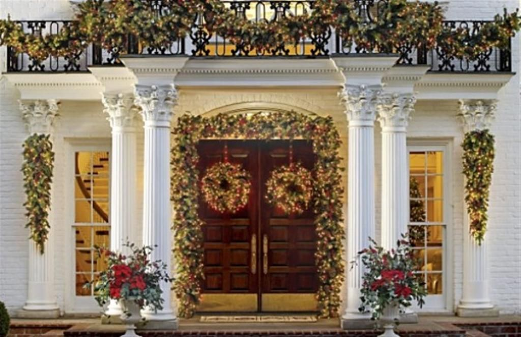 Country Christmas Decorating Ideas | Holiday Outdoor Decorating Ideas |  Country Home Decorating Tips