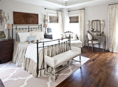 42 Awesome French Country Bedroom Decoration French country