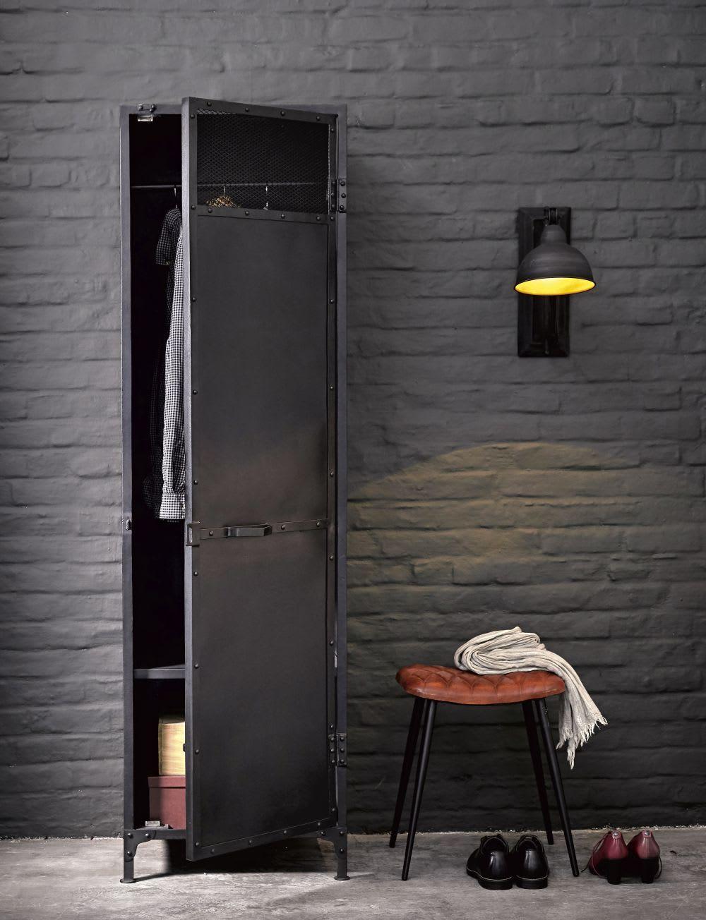 Black Recycled Pine Industrial 3 Door Wardrobe Maisons Du Monde Mobilier De Salon Indus Maison Du Monde