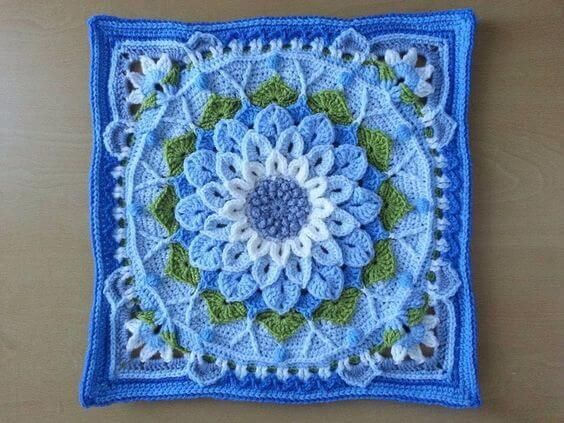 Solid granny square Pattern.