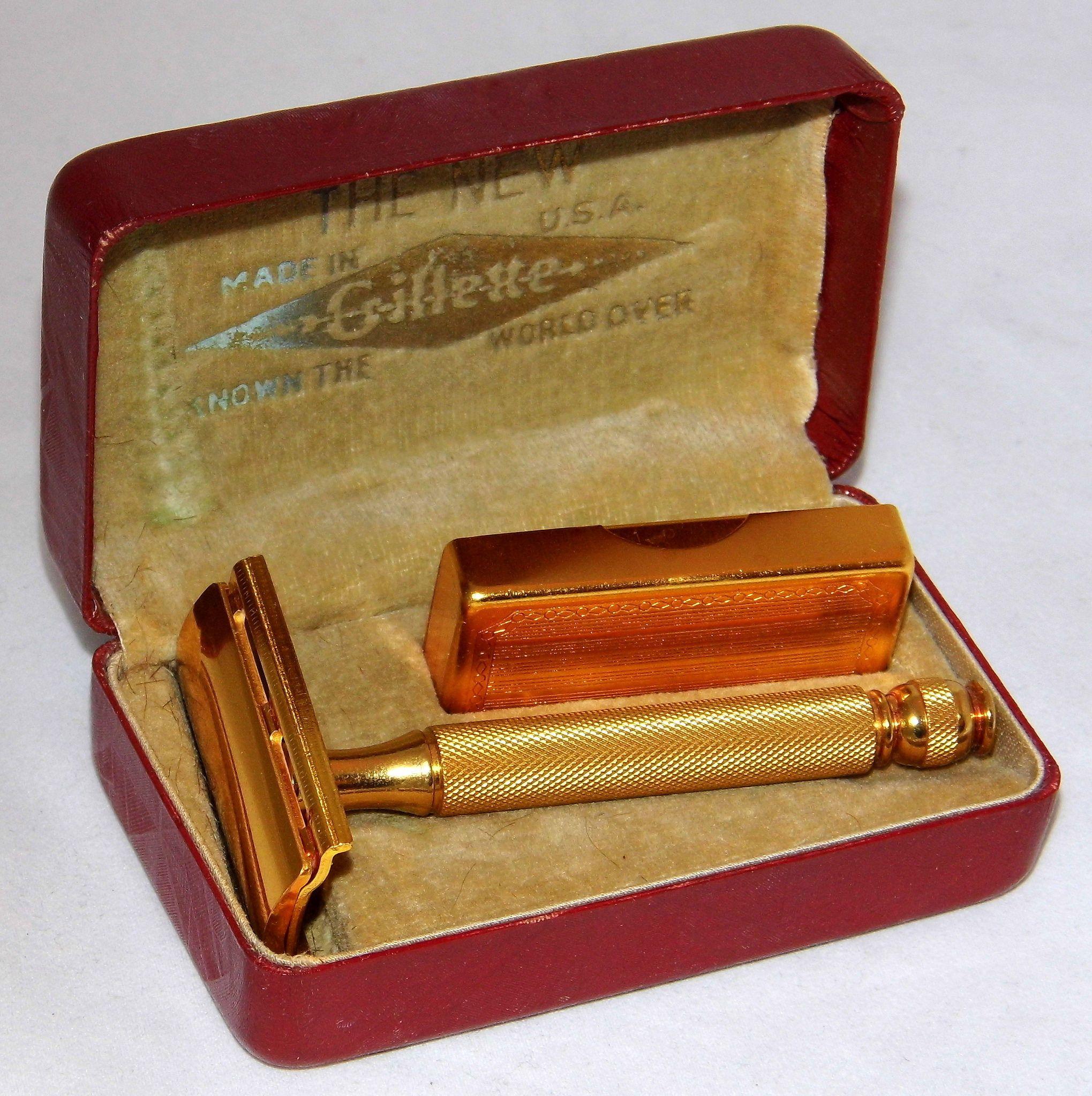 Vintage Gillette (The New) Safety Razor In Original Case