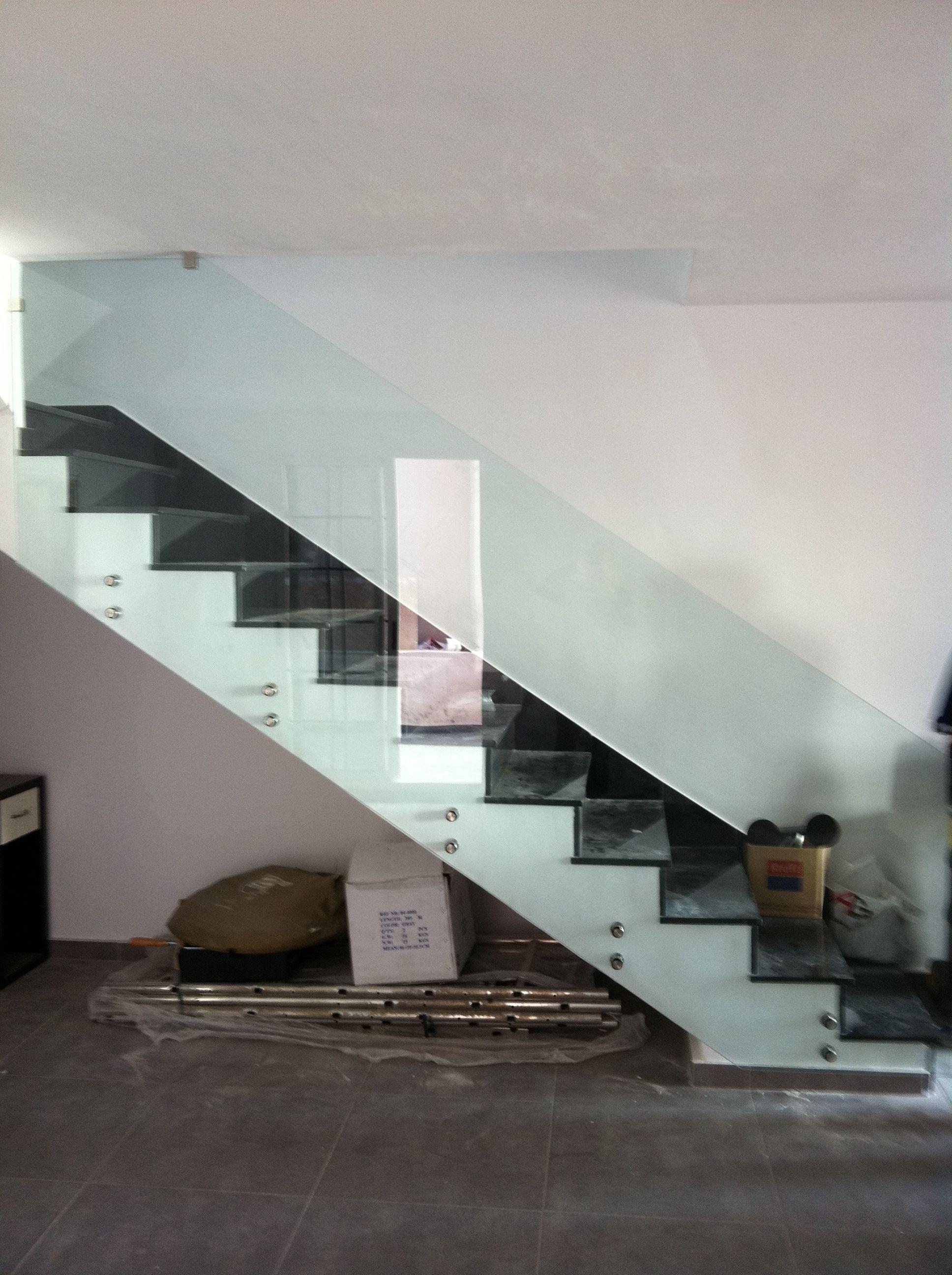 Barandilla En Cristal Templado Sujeta Con Botones De Acero  ~ Barandillas De Cristal Para Escaleras Interiores