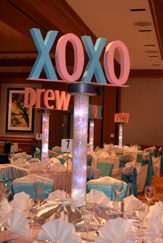 xoxo centerpiece by www.idealpartydecorators.com