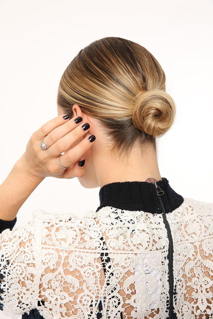 1001+ idées comment faire un chignon facile pour toutes occasions | Chignon blond, Cheveux et ...