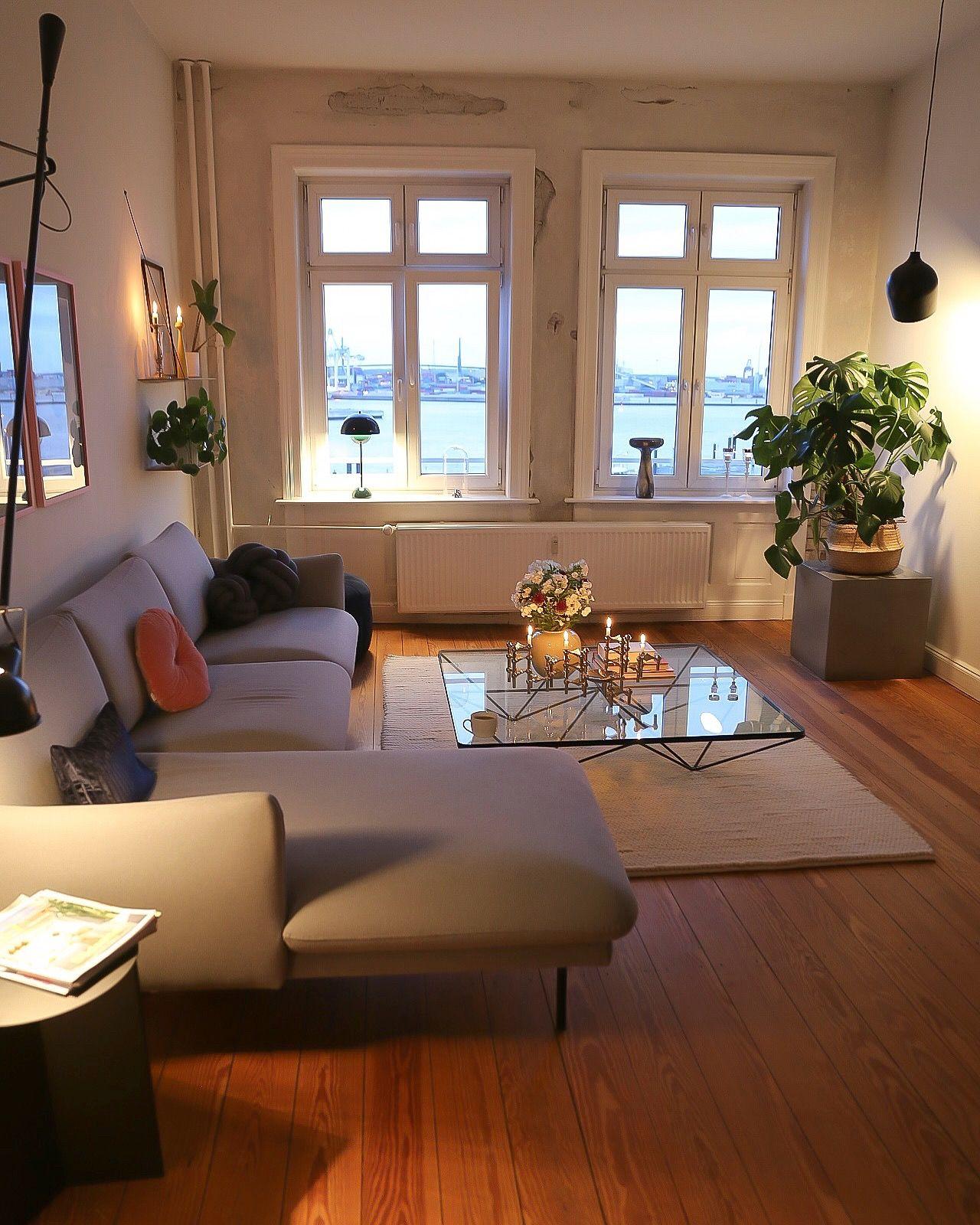 Photo of Wohnzimmer mit smartem Licht