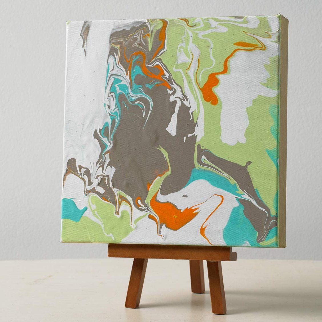 Make Your Own Marbled Canvas Art Use Martha Stewart Marbling Medium And Paints Canvas Projects Simple Wall Art Art