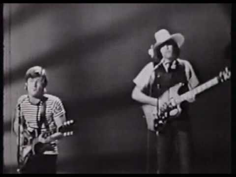 Lovin' Spoonful on SHINDIG! (1965)  Do You Believe In Magic - Did You Ever Have To Make Up Your Mind