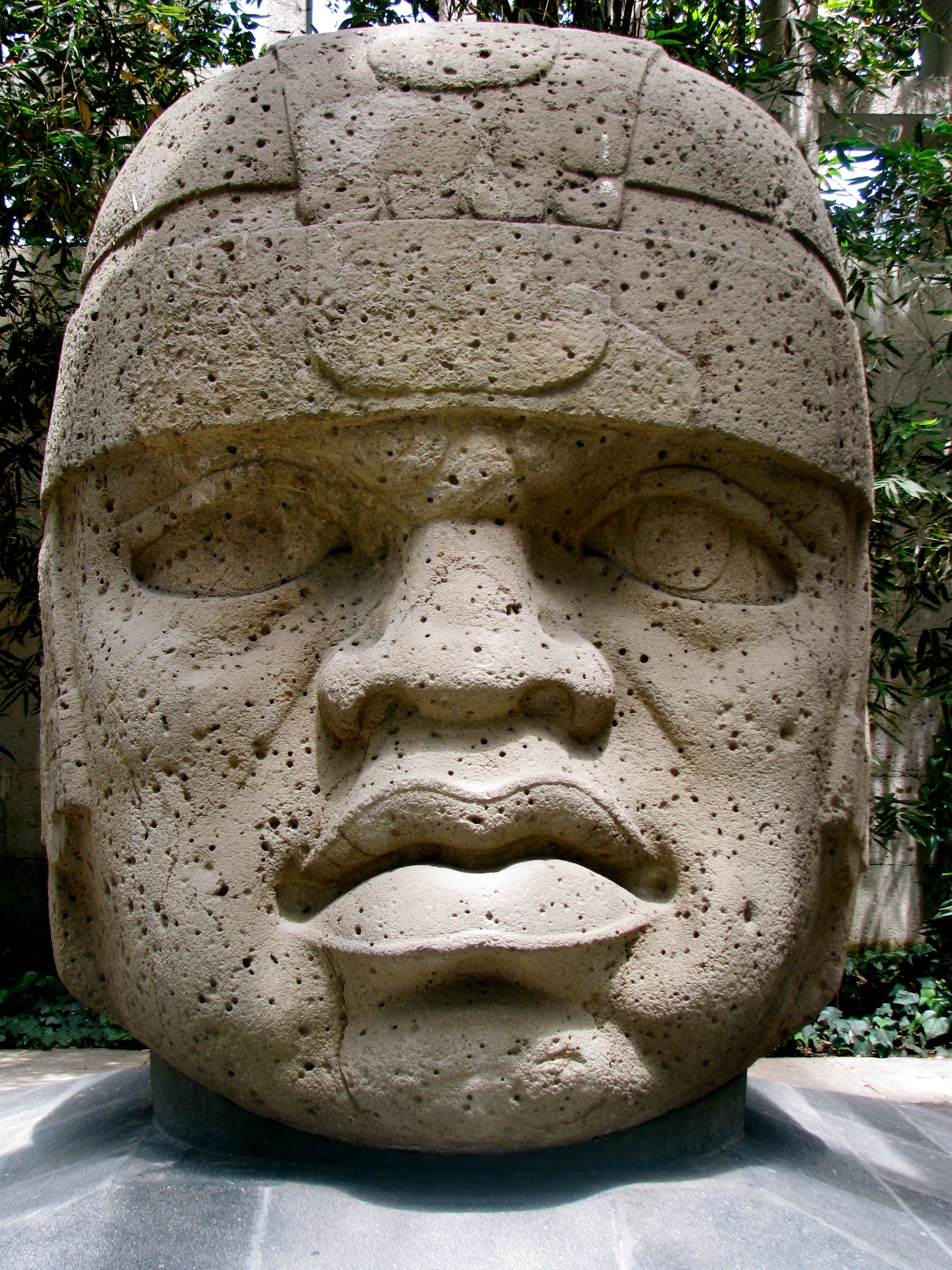 2 these giant head sculptures were created by the ancient olmec 2 these giant head sculptures were created by the ancient olmec civilization the olmecs where the first cultivators of cocoa over four thousand years ago publicscrutiny Images
