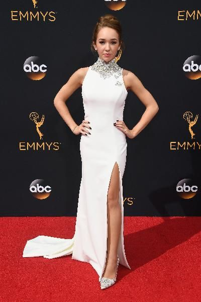 The Americans actress, Holly Taylor awed in a spectacular gown by Theia.