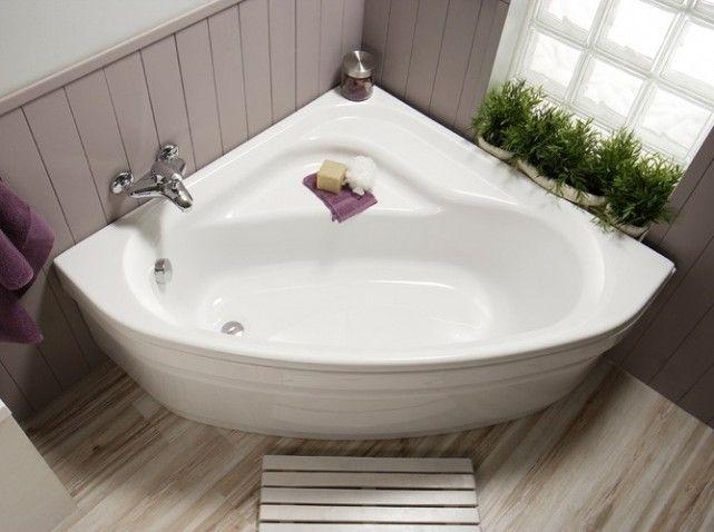 la baignoire dangle une solution pour conjuguer douche et baignoire - Salle De Bain Baignoire D Angle