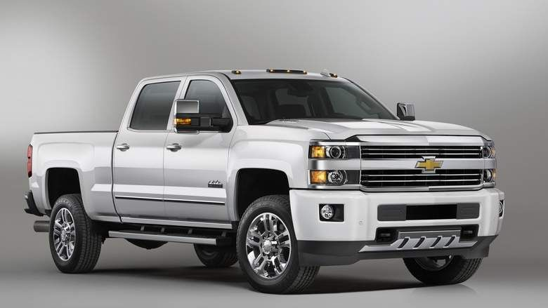 Review: Chevrolet Silverado. http://one1info.com/article-Review-Chevrolet-Silverado-7424 #Facebook #SocialMedia #FacebookLikes #autolike #Likes #FacebookMarketing #dubai #uae #rasalkhaimah #rak #tourism