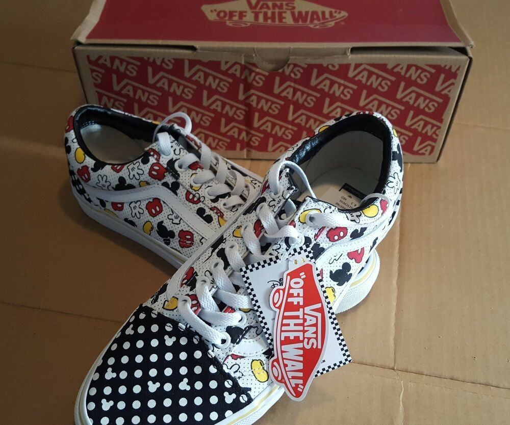 359b4a4bcd New Vans DISNEY OLD SKOOL Mickey Mouse Canvas Mens 8.5 Womens 10 Custom   VANS  SkateShoes